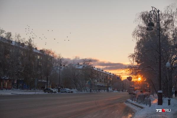 Грядущие будни будут теплыми и снежными. Самый холодный день на неделе — среда, а тёплый — пятница