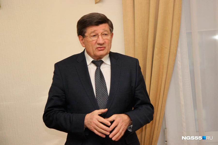 Мэр Омска Двораковский написал объявление оснятии полномочий