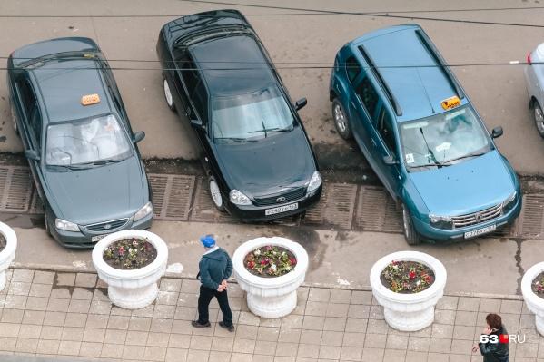 Опробовать платные парковки хотят в центральной части города