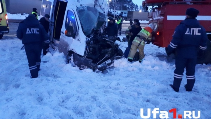 «Водитель мог уснуть»: госавтоинспекторы озвучили предварительную причину смертельного ДТП