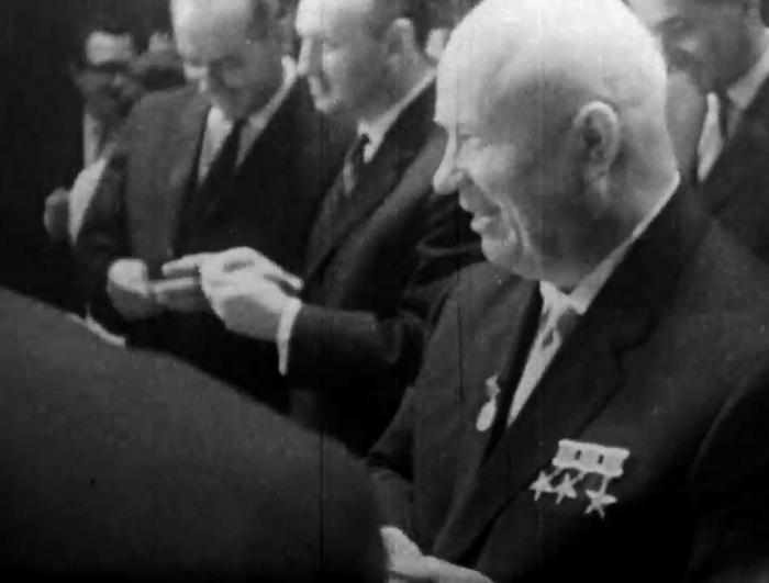 Никита Хрущёв остался доволен выступлением новосибирских артистов