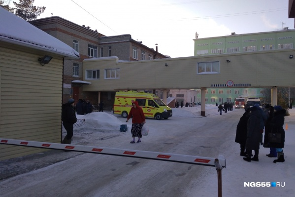 Одна из омских больниц предстала в очень неприглядном виде перед подписчиками социальных сетей