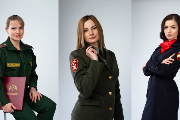 ОмичкиЕвгения Акимова (слева), Юлия Асмус (по центру) и Анастасия Будило (справа)