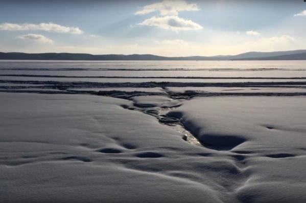 Снег растаял при минусовой температуре воздуха