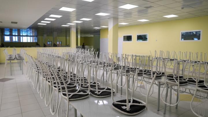 Родители составили коллективную жалобу на еду в новой школе в Солнечном. Им предложили попробовать самим