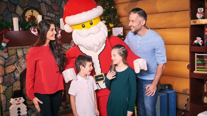 Новый год в пустыне: в дубайском парке развлечений LEGOLEND обнаружены Санта Клаус и волшебные эльфы