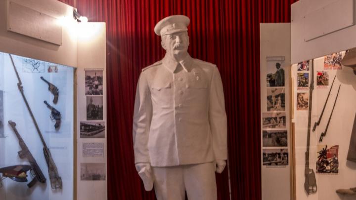 «Что о нём рассказать детям?» В Волгоградской области хотят установить бюст Иосифу Сталину