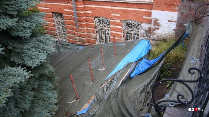 Останки Алабиных поместят под стеклянный купол