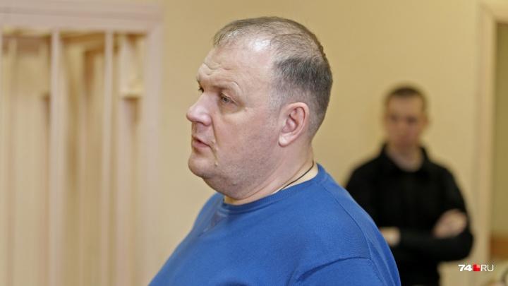 «Верующий и хороший отец»: по делу об обмане дольщиковчелябинскому застройщику продлили арест