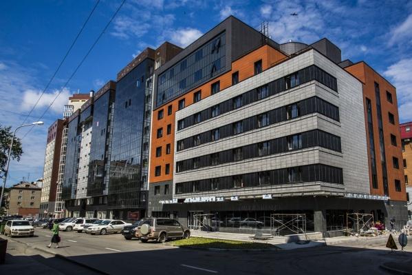 Среднеэтажную часть комплекса займут апарт-отель, помещения для кулинарных курсов и траттория