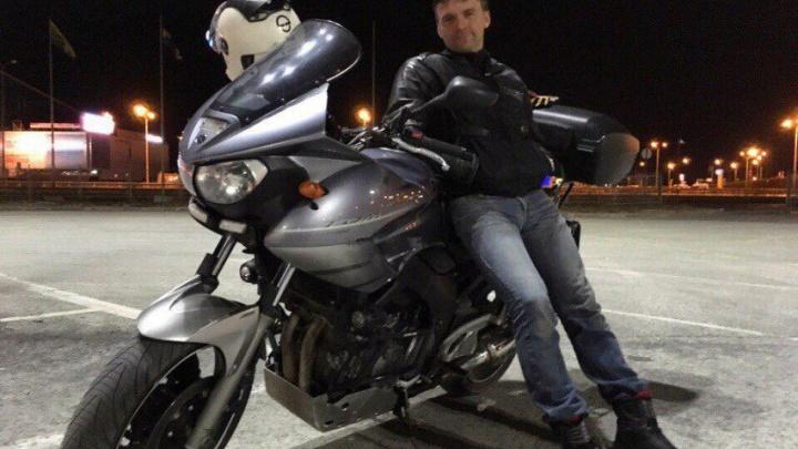 В Башкирии на мотоцикле разбился пилот «Уральских авиалиний»