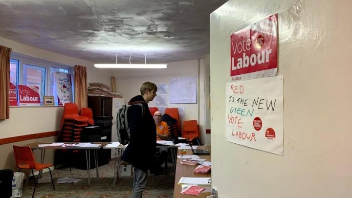 «Не голосуют зэки и недееспособные»: выборы в Великобритании глазами журналиста NGS24