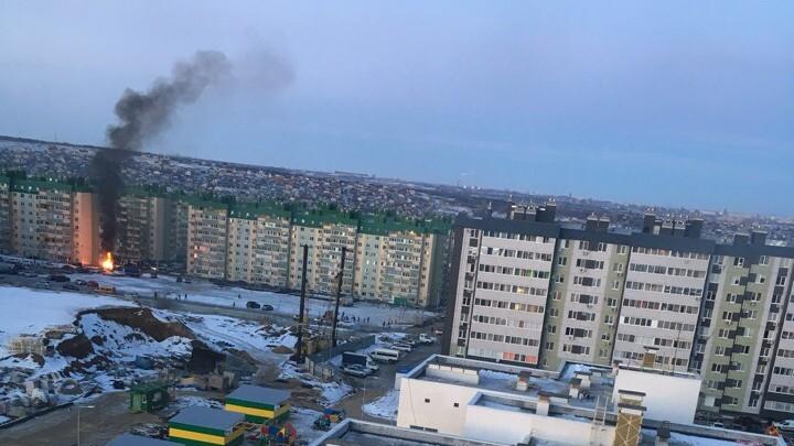 «Все вспыхнуло в один момент»: в Советском районе Волгограда загорелись новые контейнеры с мусором
