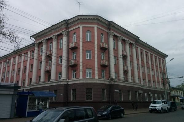 Эксперты заключили: эксплуатировать здание больницы нельзя