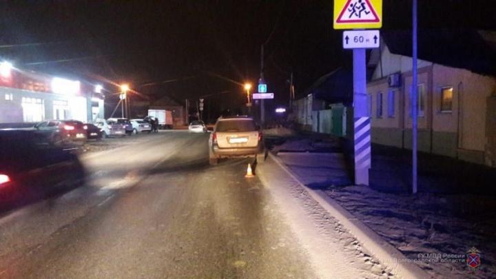 Переходили по пешеходным переходам: в Волгограде сбили двух школьников