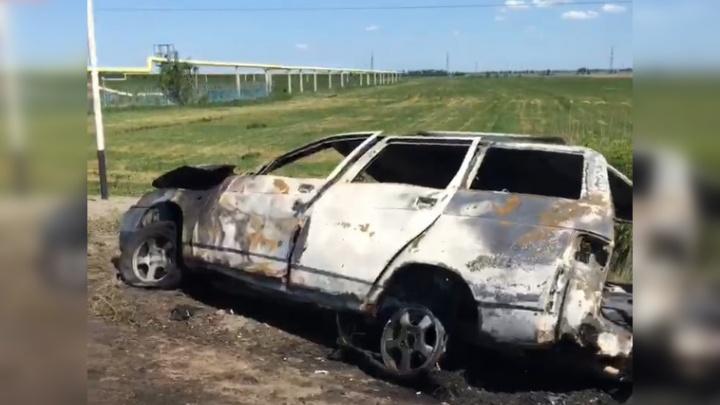 «Водитель просто стоял на обочине»: на Обводном шоссе сгорела «одиннадцатая»