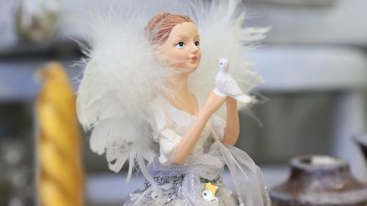 Тысяча фигурок из глины, стекла и печенек: фотоэкскурсия по музею ангелов в Екатеринбурге