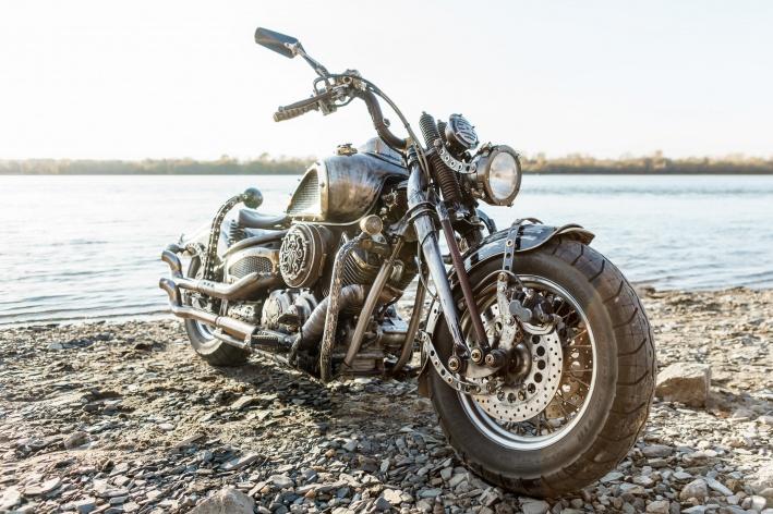 Роман Молчанов отмечает, что мотоцикл получился по-настоящему ездовым
