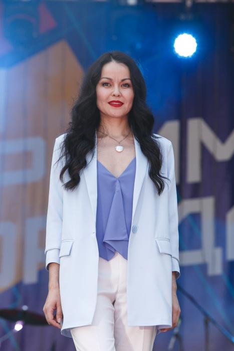 В Екатеринбурге выбрали самых красивых женщин-строителей. Смотрим, кто ими стал