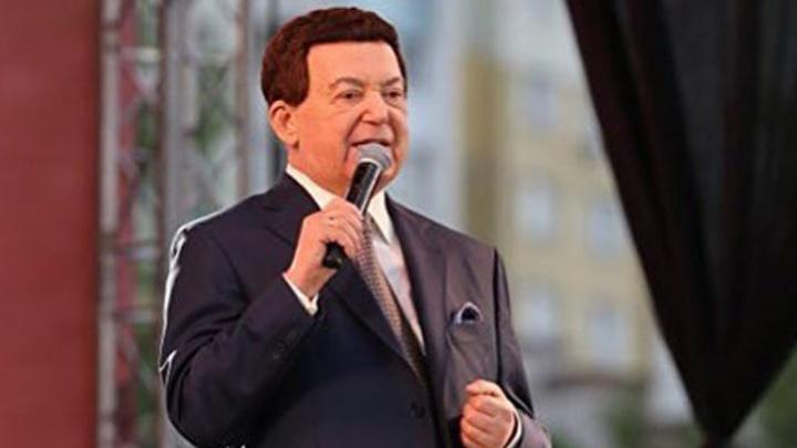 Кобзон и Ростов: дружил с генералами, выступал с концертами и всегда был любим народом