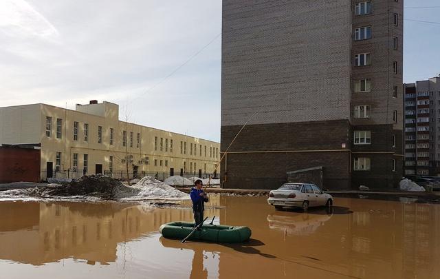 В Башкирии еще один «рыбак» закинул удочку в лужу