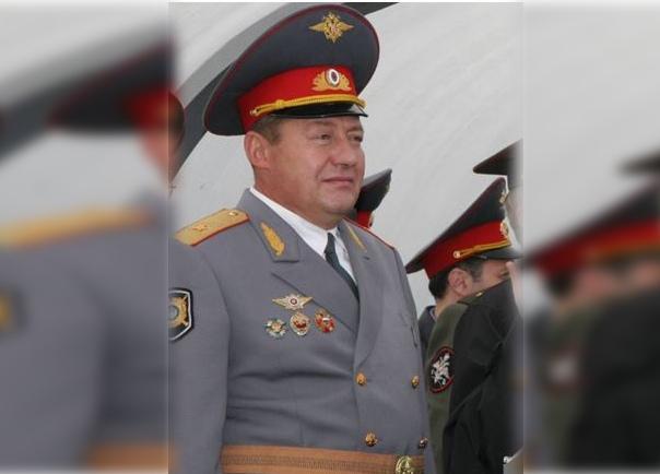 Откуда у генерал-майора было 100 тысяч евро, которые он занял, в решении суда не указано