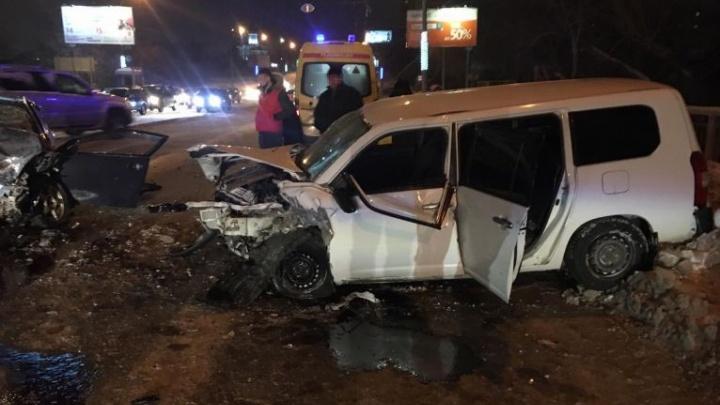 Вылетел на встречку: пассажирка погибла в ночном ДТП в Кировском районе