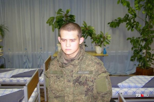Рамиль Шамсутдинов после задержания в санчасти. Молодому человеку грозит пожизненное наказание