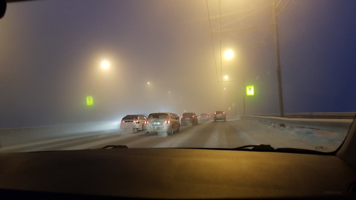 Новосибирск окутала дымка: синоптики предупредили о вредных примесях в воздухе
