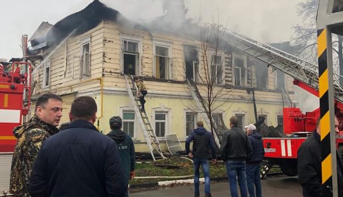 Пожар в Ростове: следователи возбудили уголовное дело