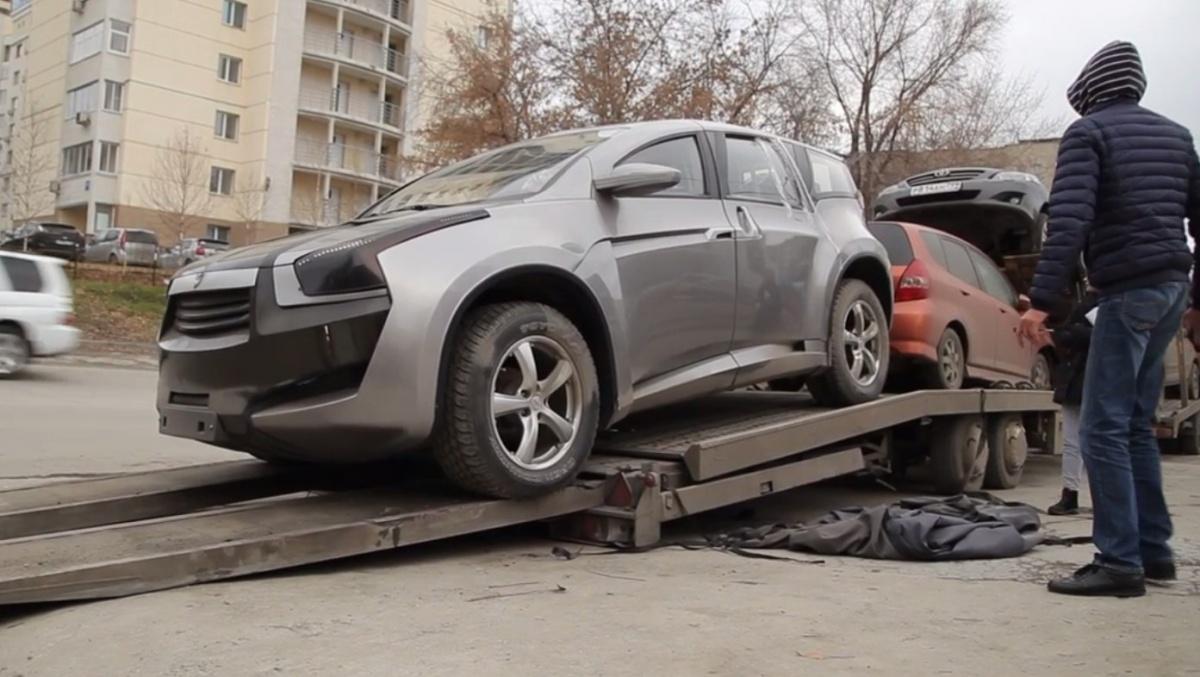 Эксклюзивные спорткары привезли вНовосибирск