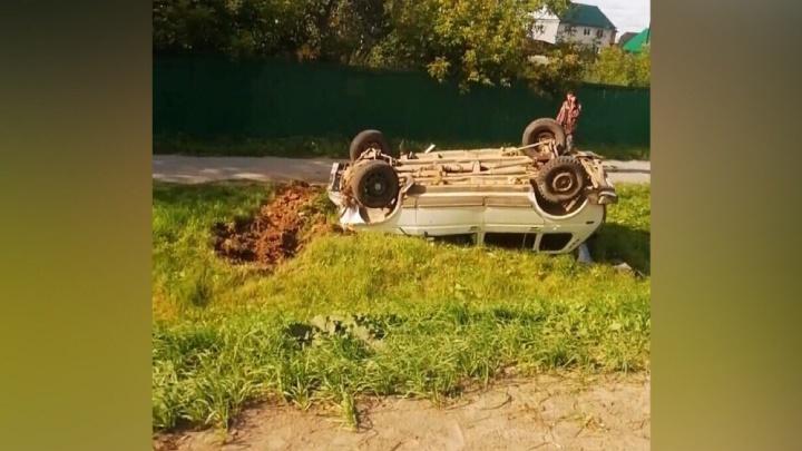 В ДТП на Щербакова пострадал водитель Toyota, отправивший «Ниву» в кювет