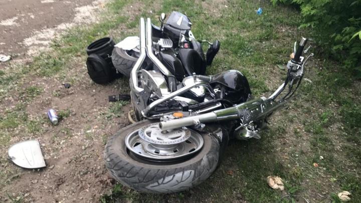 В Башкирии на трассе погиб водитель ВАЗа, а в Уфе — мотоциклист