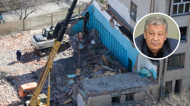 Будет ли реновация как в Москве? Сенатор назвал подходящие для сноса пятиэтажек районы Екатеринбурга