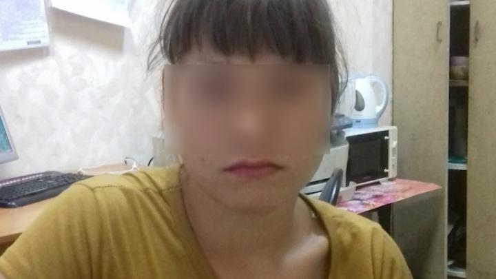 В Екатеринбурге нашли школьницу, которая из-за конфликта с матерью неделю ночевала в подъездах