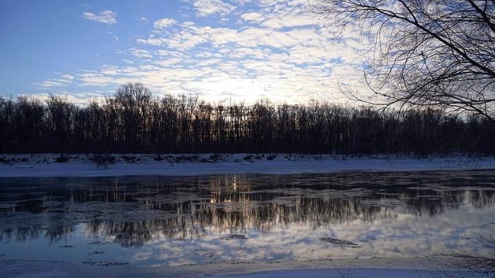 Лед тронулся: в Уфе на трамплине вскрылась река Караидель