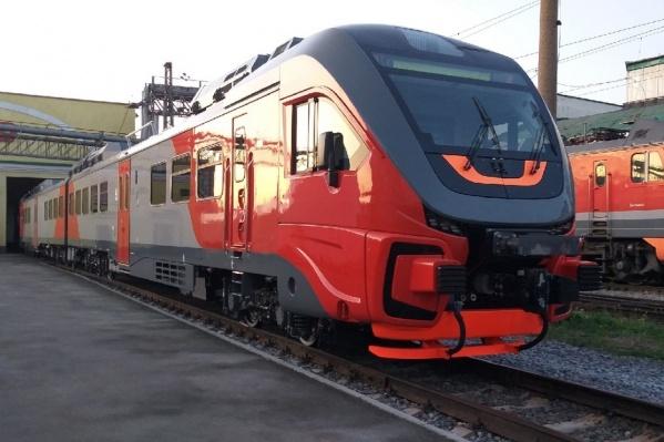 Рельсовый автобус сделал техническую остановку в Новосибирске, но скоро поедет дальше