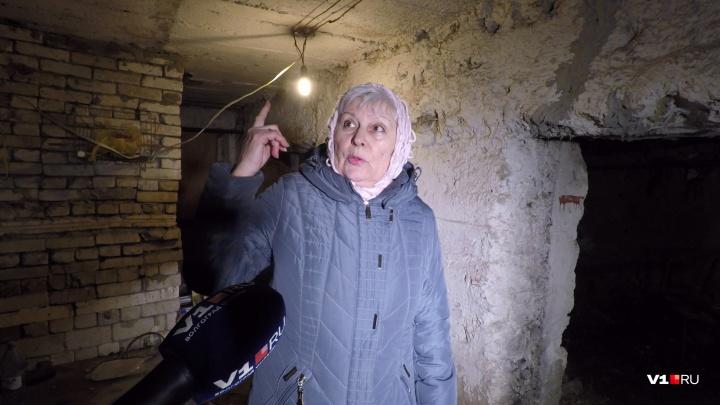 «Мэрия переводит стрелки»: в Волгограде построенный немцами дом готовится рухнуть вместе с жильцами