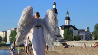 «Мне крылья защемили»: Древарх покинул Россию после того, как на него завели уголовное дело