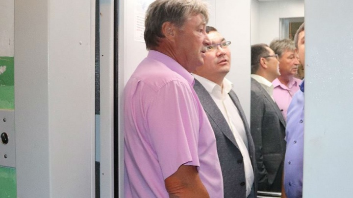 Глава Советского района Уфы застрял в лифте во время его проверки