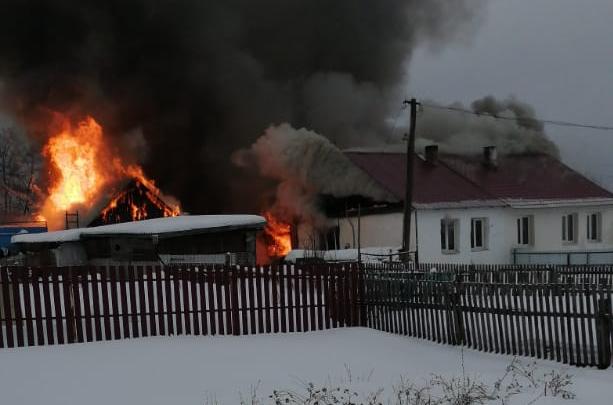 """«Врачи сказали: """"Готовьтесь""""»: в Башкирии женщина впала в кому после того, как обгорела на пожаре"""