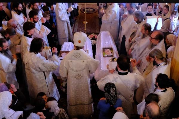 Детей, погибших в Рождество в пожаре в Ярославской области, похоронили только 29 января