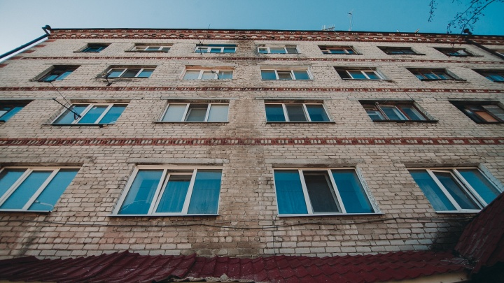 У тюменца, задолжавшего банкам больше четырех миллионов рублей, заберут всю недвижимость