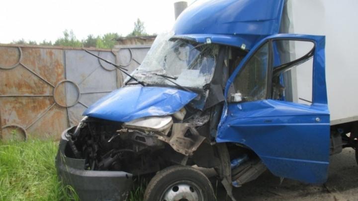 От «Газели» осталась груда металла: в ДТП на Ярославском шоссе пострадали люди