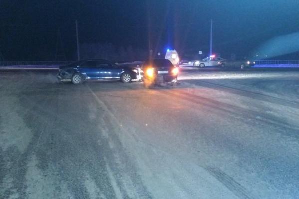 Столкновение трех машин произошло минувшим вечером в 21:05