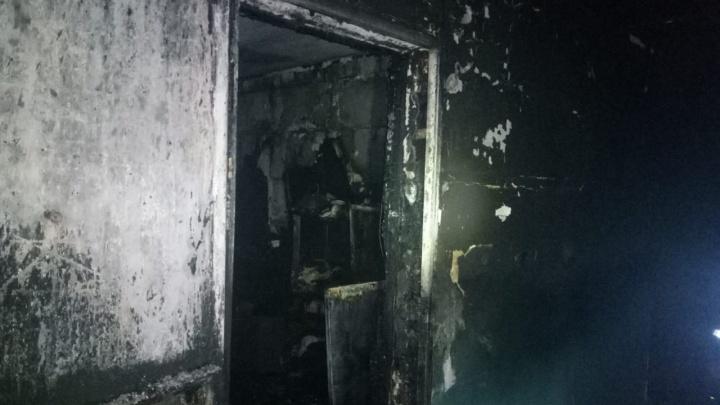 В Башкирии 60 человек эвакуировали из-за пожара в многоэтажке