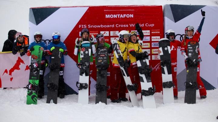 Новосибирская сноубордистка взяла бронзу в командной гонке на этапе Кубка мира