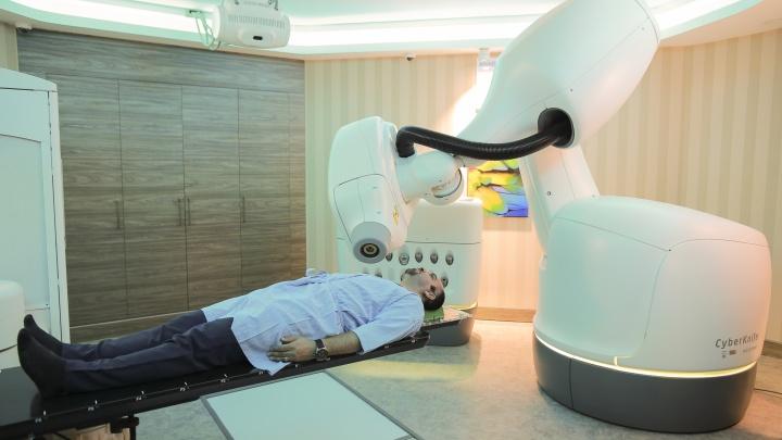 Новые медицинские технологии помогут тюменцам избавиться от опухолей без операции и боли