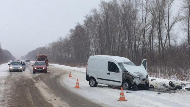 Машину выбросило на встречку: на трассе под Тольятти в ДТП погибла 42-летняя автомобилистка