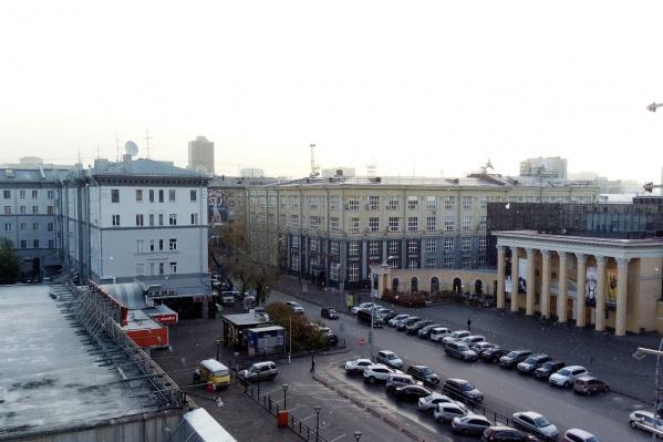 Накануне в Новосибирске шёл мокрый снег, а сегодня утром несколько минут — обычный снегопад